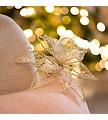Aos mais românticos propomos um estilo com muito brilho e transparências. As figuras de borboletas e bâmbis inspiram um Natal digno de conto de fadas, cheio de magia e amor, sem perder o equilíbrio e elegância.